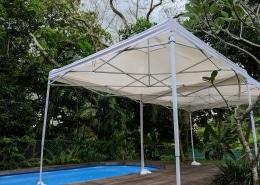 white portable tent 3m x 3m