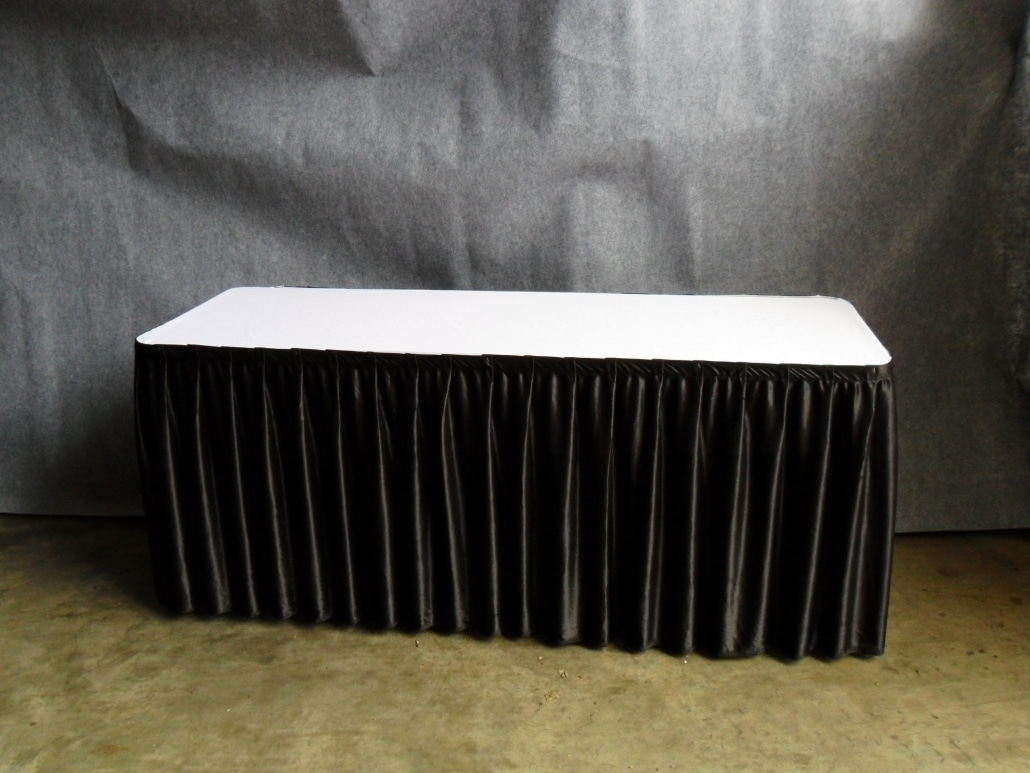2ft x 6ft GS table with cloth and skirting